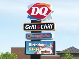 Lighted Signs 0092 Dairy Queen Bendsen Sign  Graphics W 19mm 80x176 Bloomington IL 101718 1 300x225